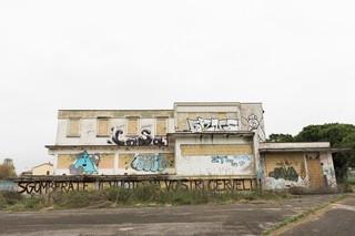 Uno dei primi stabili occupati dal collettivo Ztl-Wake Up nel 2012, oggi murato e inutilizzato