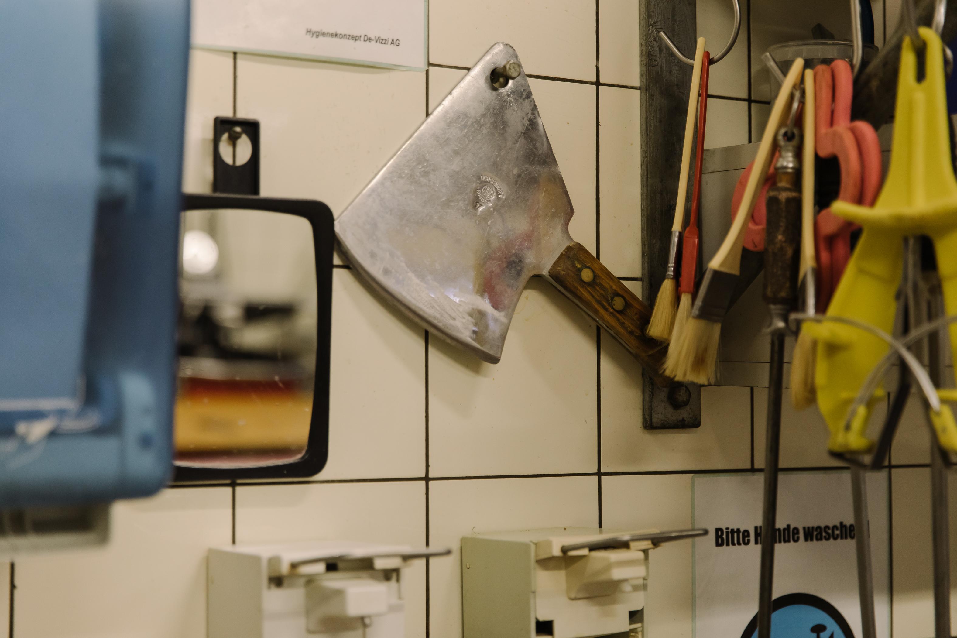 Peralatan jagal di rumah jagal Müller.