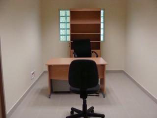 1544789262425-4_Rez-de-chaussee-du-CSMJS-bureaux-daudiences-inutilises