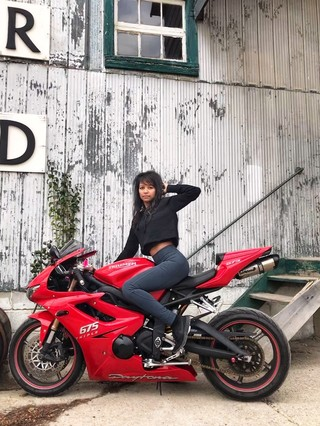 1544791169690-prettyredbike-Triumph-Daytona-675-2
