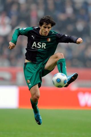 Babović in het shirt van Feyenoord.