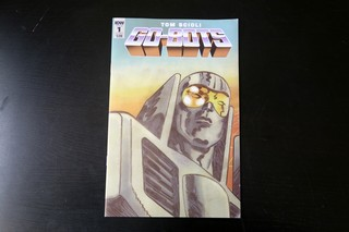 1545089211303-02_gobots_vice