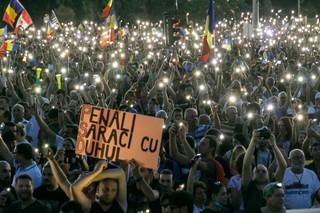 1545312336567-25_11-august-2018-protestul-diasporei-Piata-Victoriei-3