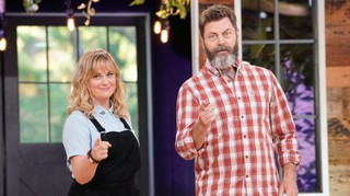 Amy Poehler and Nick Offerman on the set of