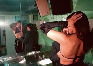 1546984882132-Tunnel_Bathroom_mirror_2018
