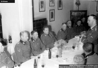 1547028626761-Hitlerov-zamenik-i-voda-SS-a-ozloglaseni-zlocinac-najvise-kategorije-Hajnrih-Himler-drzi-govor-u-nepoznatoj-kafani-u-Kraljevu-u-oktobru-1942-tokom-njegove-jedine-posete-okupiranoj-Srbiji