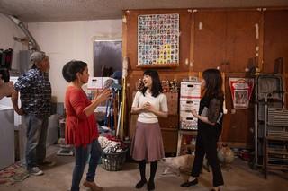 Marie Kondo räumt eine Garage auf