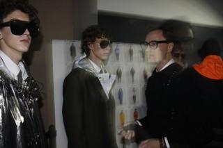 1547313882469-tomnotte_FW19_milano_bartvandebosch_leshommes_fotografia_backstage_fashion_week_IDITALY_MG_9240