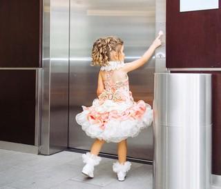 schoonheidswedstrijd-kinderen-lift-anneke-dhollander