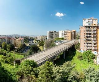 Alterazioni Video, Viadotto San Giacomo dei Capri Vomero—Napoli