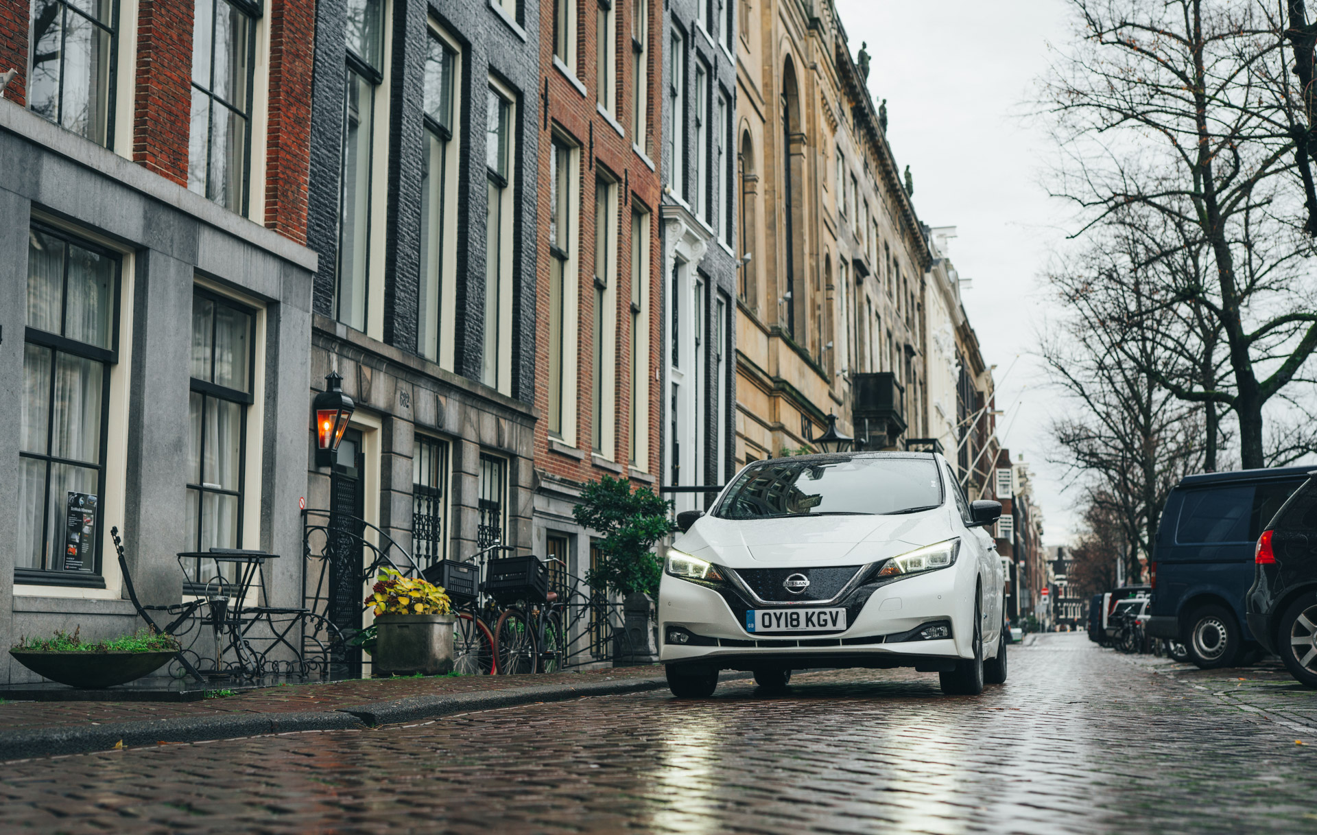 Nissan Leaf Ev Review London To Amsterdam In Nissans Latest Green