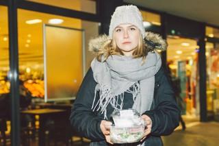 Unsere Autorin überlegt, ob sie den geschnorrten Salat wieder abgegeben soll
