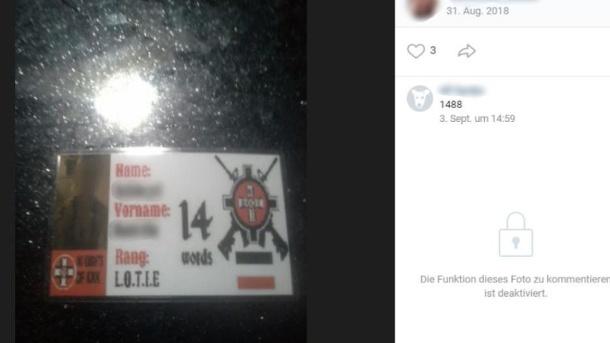 Der schlecht gemachte Ausweis einer KKK-Anhängerin