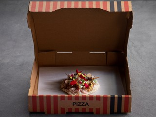 Yoji-Tokuyoshi-pizza
