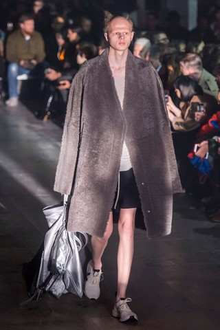 rick owens autumn/winter 19 menswear review catwalk