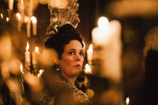 1548083378049-the-favourite-film-olivia-colman