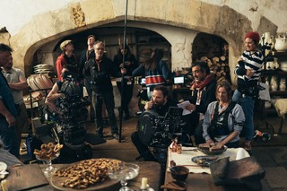 1548083394423-the-favourite-film-olivia-colman1