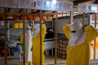 1548175999684-ebola-13