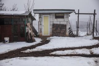 toaleta-in-curte-hulubesti-187