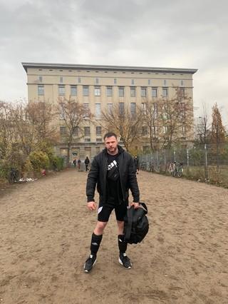 Gerald VDH legt im Berghain auf