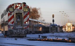 Feuer auf den Eisenbahnschienen