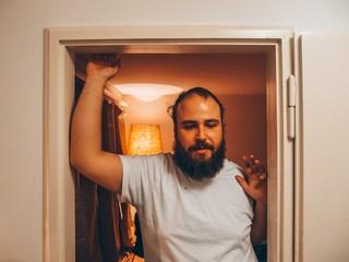 Kenny Thomson in seiner Zürcher Wohnung