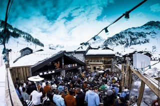 1549537837719-Val-dIsere-Snow-making