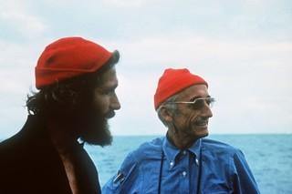 Commandant Cousteau Bonnet Rouge