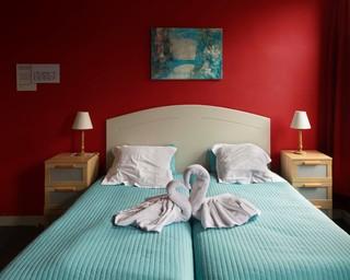 romantisch-bed-Jonas-Van-der-Haegen-where-did-we-meet-last-time
