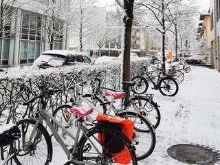 1550392737720-Parcare-bicicleta