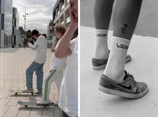 jonge skaters op hun skateboard in luxemburg, vans sokken en janoski's met schaafwonden, foto door Cléo-Nikita Thomasson