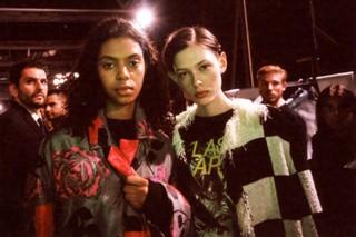 1551101736849-fashion_week_Fotografia_settimanadellamoda_MSGM_modelle_milano_Luca_Scavone_moda12_cLucaScavone400Iso_Febb2019_023