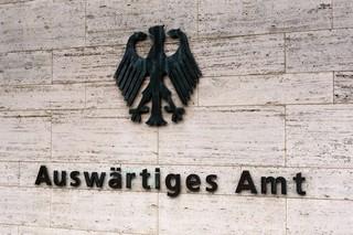 Das Logo des deutschen Auswärtigen Amts in Berlin
