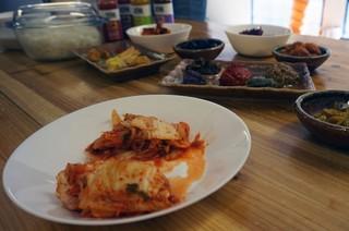 1551786488657-kimchi-london-eaten-alive-fermentation7