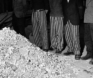 1551958539884-Released_prisoners_in_striped_prison_dress