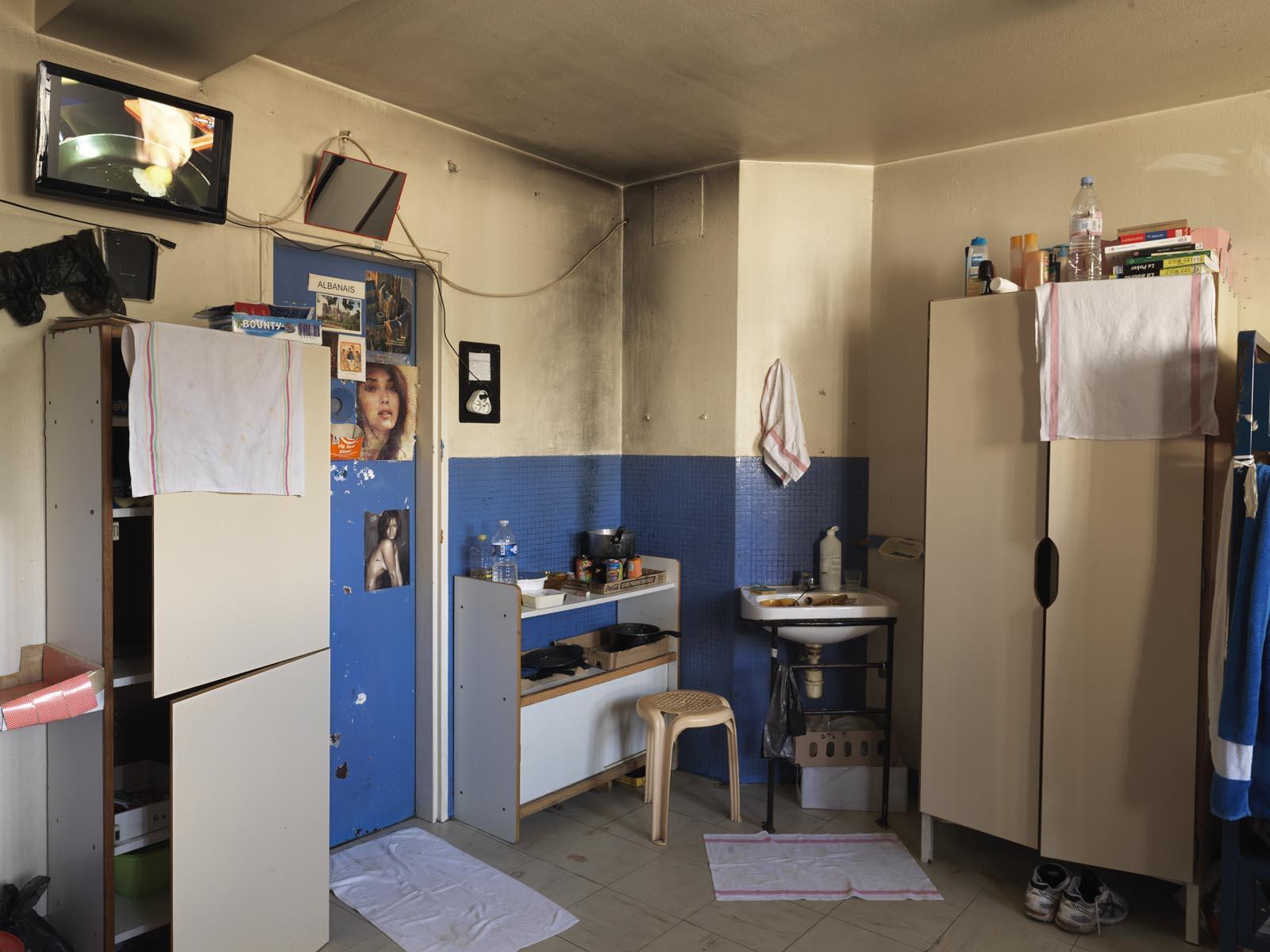 Maison En Bois Pour 100000 photos of prisons around the world - vice