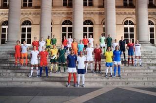 1552570261893-Nike-National-Team-Kit-Group-Paris-Elaine-Constantine-1_original
