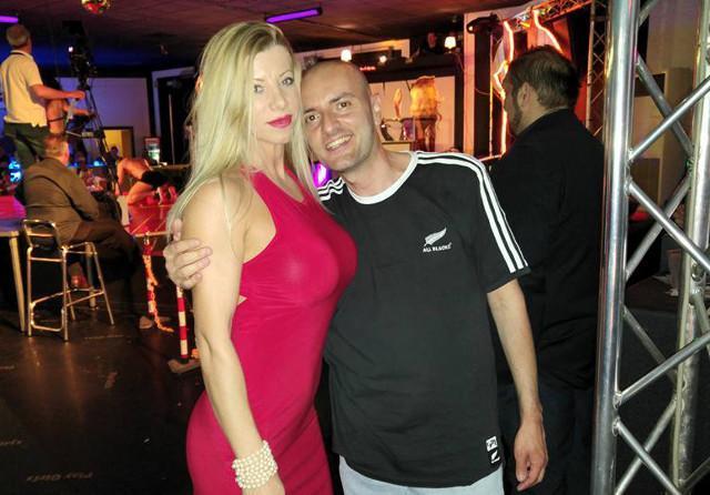 dating tijdens het strippen