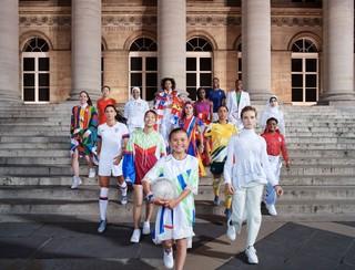 1552574588707-Nike-National-Team-Kit-Group-Paris-Elaine-Constantine-2_86264