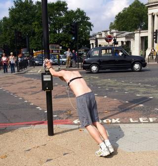 london jogger pollution