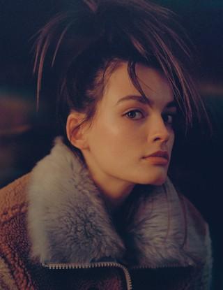 Emma Mackay Photography Vicki King  Styling Victoria Young