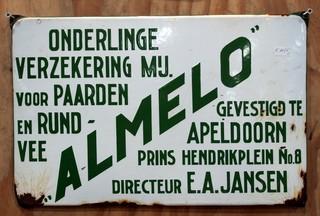 1553196281282-Almelo_onderlinge_verzekering_mij_voor_paarden_en_rundvee_emaille_reklame_bord