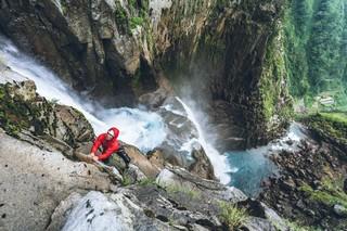1554201692506-Sawanobori-Climbing-Waterfalls-in-JapanS19_SAWANOBORI_DigitalPR_uo_019