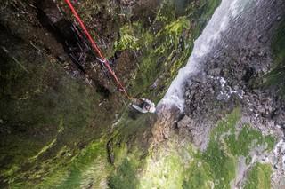 1554201927454-Sawanobori-Climbing-Waterfalls-in-JapanS19_SAWANOBORI_fullrights_008