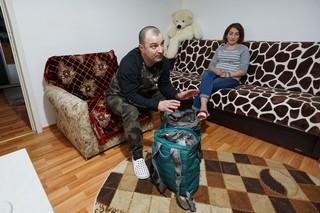 bagajele sotilor sarbu pregatite pentru spital