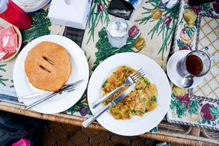 1554222998964-Tibetan-bread-and-omelette-in-Lukla-Nepal