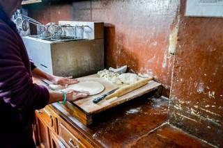 1554223998849-Pizza-making-in-Tengboche-1