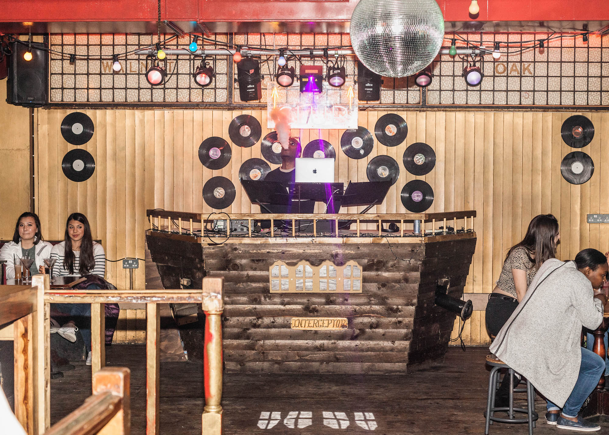 An 'Edgy' Pub Crawl of Shoreditch