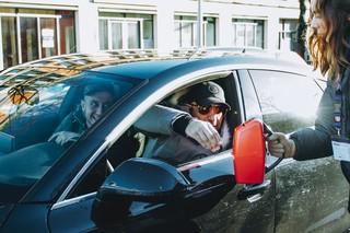 Collecte bij autobestuurder