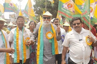 1554811168542-3-Patriji-during-campaign
